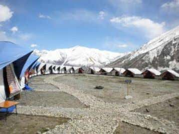 people live here in the summer. In the afternoon, we'll visit the Karsha monastery,