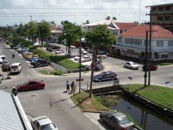 and Management Plans for fifty intersections in George Town Photo 5.6 Camp street and Croal street