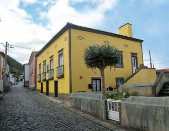 to pages 70-71 for Prices Azores | Flores | Faja Grande Argonauta (Main Building) Suite Northwest