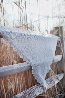 stitch lace edging, spruce lace motifs, nupps Brooklyn Tweed Loft photographed in Snowbound design by Nancy