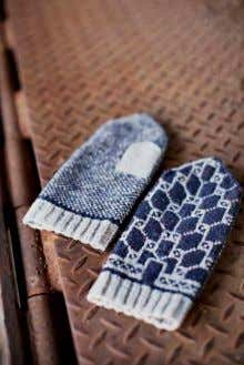 34 t h & 8 t h stranded colorwork mittens, motifs inspired by ironwork in
