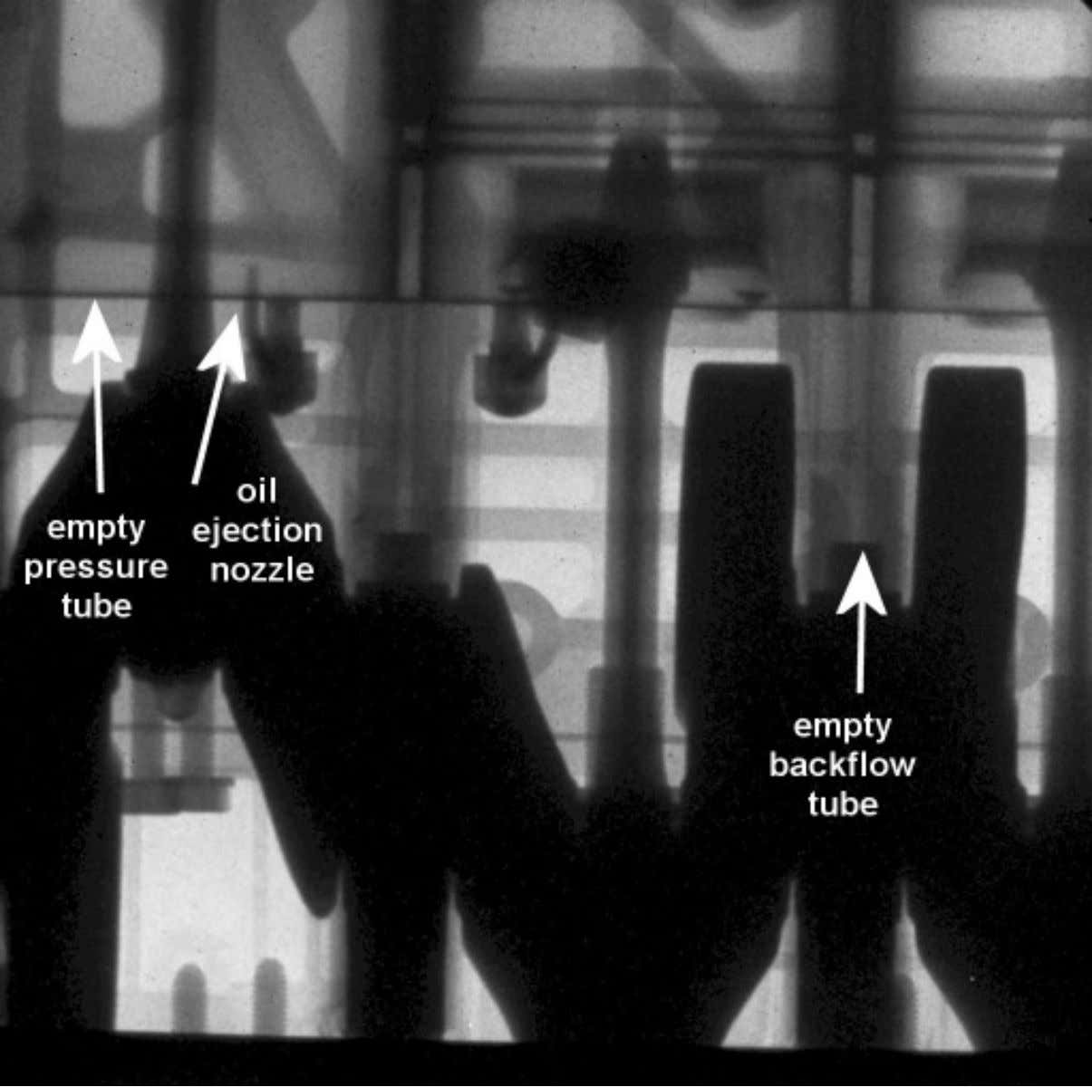 radiography of the engine, with horizontal pressure tubes and vertical backflow tubes empty Charlie Chong/ Fion