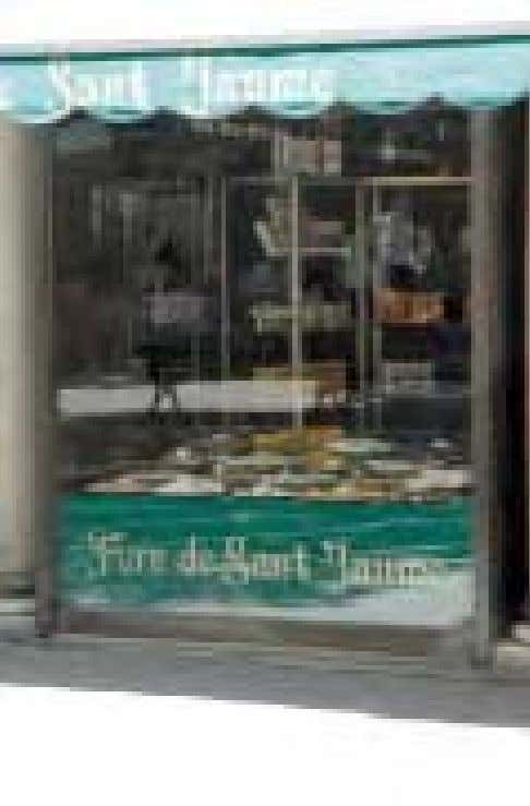 Sant Jaume Thi place serves some delectable cakes and pastries, to eat in or take away.