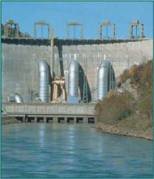 Water level Reservoir bottom Solid Earth-Filled Concrete Dam with Dam Clay Coating