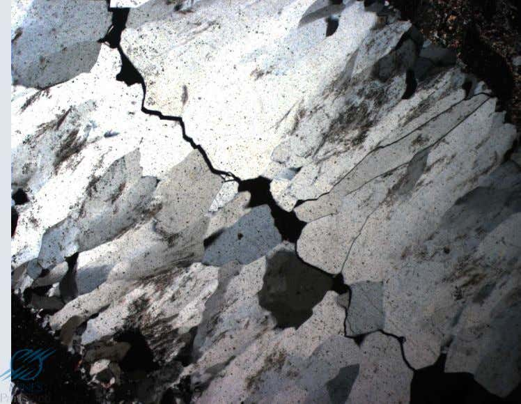 Signe d'allongement (Exemple de cristaux prismatiques de quartz SW-NW sur la photo en bas à