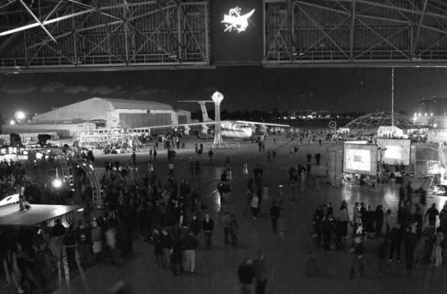 Thousands celebrate Yuri's Night at NASA Ames On April 13, and extending into the early hours