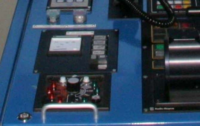 showing the system pressure in the FRAMO system. Figure 1.8: Signal unit at bridge For detailed