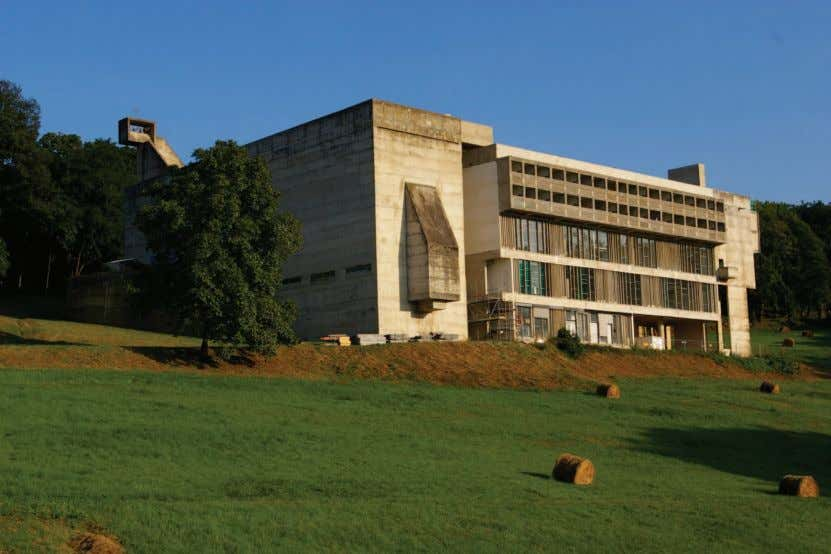 according to him, in the work of Louis Kahn, Robert Figure 1. La Tourette. Photo: courtesy