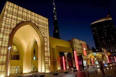 the World (by GLA) sq. ft – 1,200 stores 9. Dubai Mall – 3.77 million but