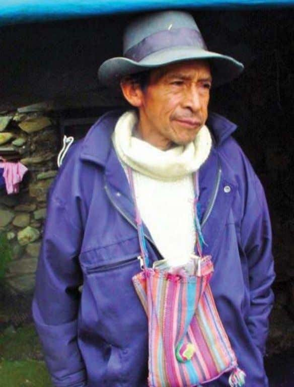 ANCIENT USE OF COCA LEAVES 241 Plate 1. Highlander with his coca bag (piska) (Photo courtesy