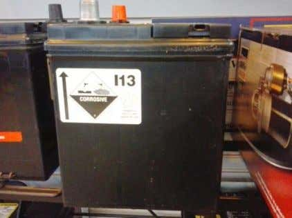 inner packaging to ensure exposed terminals are protected. Figure 11: Safety marks on a vented lead