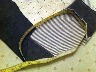 elastic to the leg opening. Place the elastic on the fabric, right sides together, with the