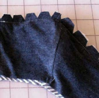 STEP 10: Cut notches from the seam allowance to reduce bulk and to allow the