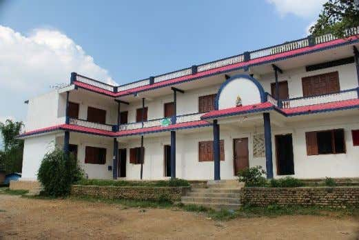 resilient communities: Nepal post - disaster assessment Figure 9. Community engagement in school retrofitting is