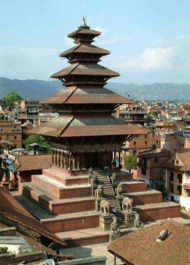 building is considered one of the tallest pagodas in the country. ARCHITECTURE IN NEPAL Monday, March