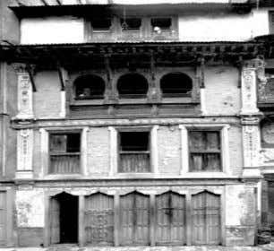 introduced. • The facade took on a vertical appearance. `` ARCHITECTURE IN NEPAL Monday, March 23,