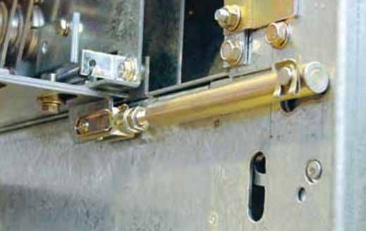 present in the versions fitted with fuses. 6 Door lock This is a mechanical device which