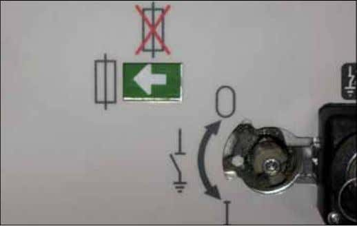3. Accessories 8 Contact signalling fuse blown When a fuse blows, special kinematics activate a signalling