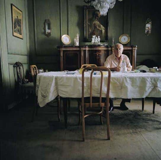 2006 : Abuelo a la Mesa, Argentina, 2006 : From the series Si dios quiere. . . United states 148 : 149