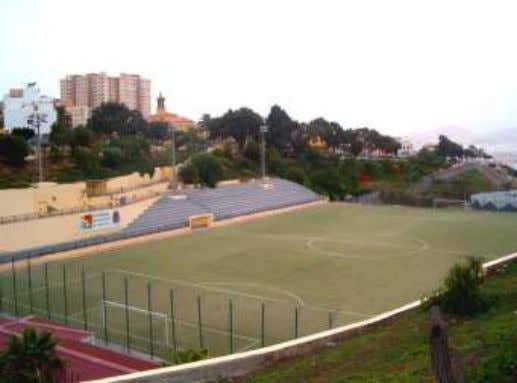Superficie del solar: 35.225 m2 Superficie cancha: 5.266 m2 Referencia catastral: 5170 S 7704101-5170 S 7704102