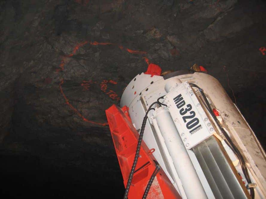 MD 320 - trackless - Portugal Sandvik Mining and Construction
