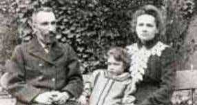 Figura 32 Pierre Currie, Irene Currie e Marie Currie ERNEST RUTHERFORD FREDERICK SODDY radio foi