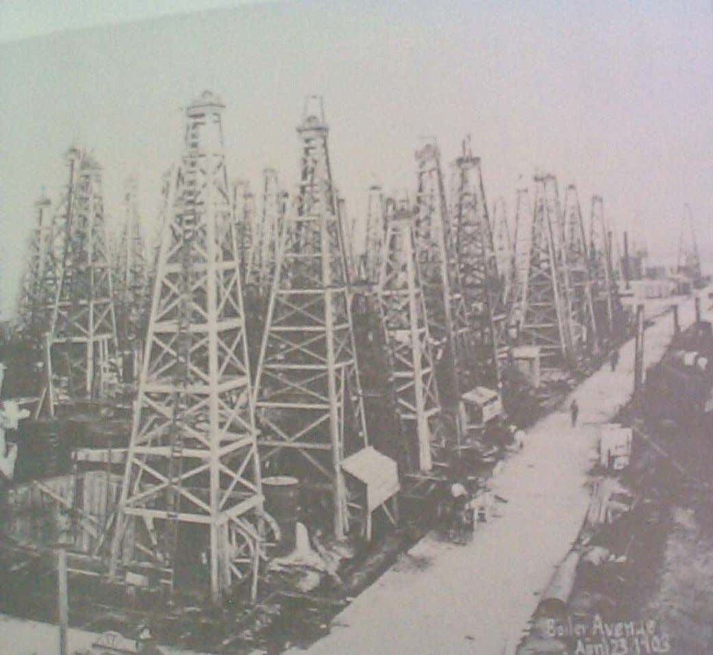 "Oil Wells G EOPET Well ""jungle"" at Spindletop, 1903 Introduction to Pr oduction Technology 1.1. Historical"