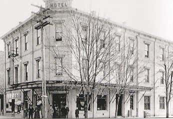 to the waiting room for the railroad Below: Hotel Yamhill as seen from the street and