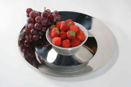 para frutas y verduras Tray for fruit and vegetables De acero inoxidable, con un bol de