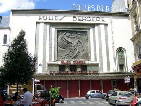 hasta las 13 horas no se celebró la ceremonia de apertura. Follies Bergère, fachada Follies Bergère,