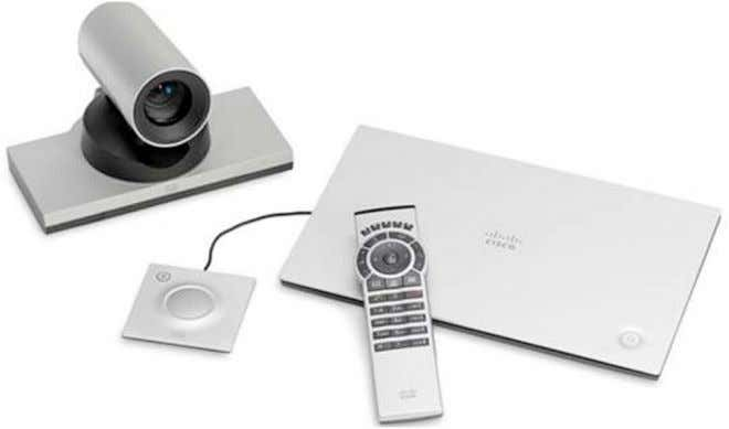 Figure 2. Cisco TelePresence SX20 Quick Set with 4x PrecisionHD Camera, Table Microphone, and Remote Control