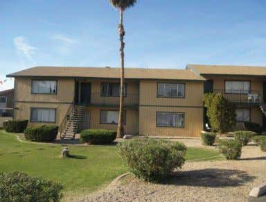 Page 16 INVESTMENT SNAPSHOT PROPERTY OVERVIEW PROPERTY SPECIFICS Location: Phoenix, AZ Property Type: 20 unit