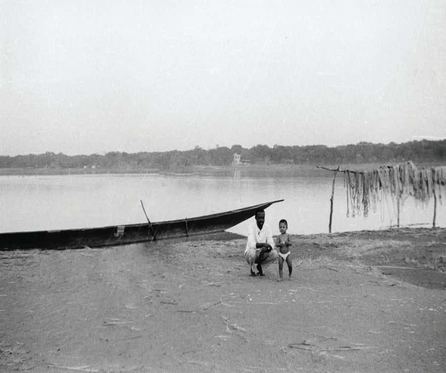 | xi Pascal and Dad on the Niger River