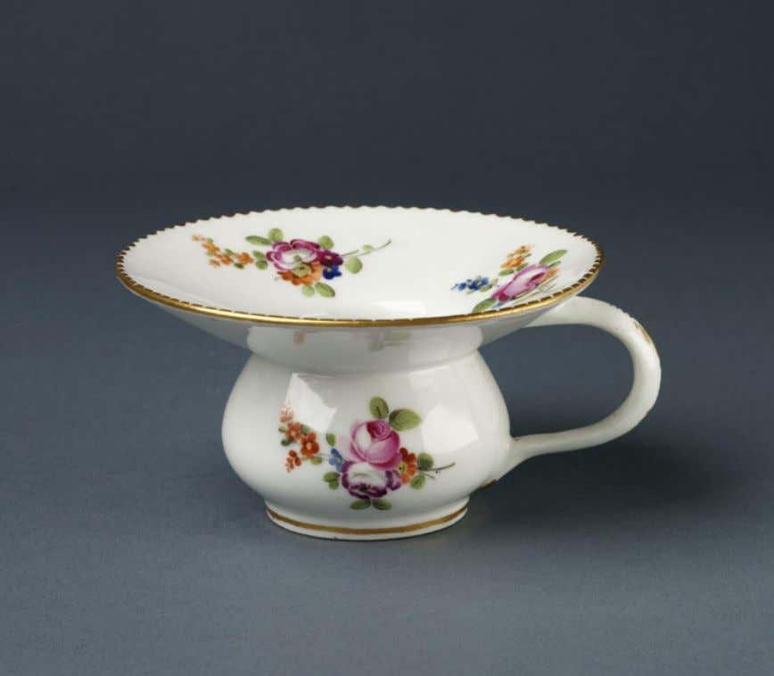 French Hard - Paste Porcelain Spittoon Locré and Russinger's Porcelain Manufactory (Victoria & Albert) c.