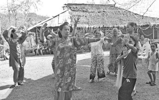he said. Groups gather in Tawi-Tawi for Bajau empowerment Bajaus perform traditional dances during a cultural