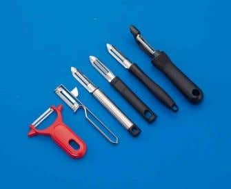 vegetables. Blades are short, concave with hollow ground. Vegetable peeler is used to scrape vegetables, such